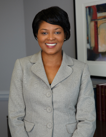 Alexis Y. Brown, banking and finance, business transactions and formation, commercial real estate, contract drafting and negotiation, M&A and intellectual property lawyer