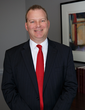 Kevin Tracy construction, land use & zoning, dispute resolution & contract law & commercial real estate transactions lawyer