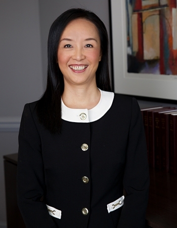 Qun Wang corporate transactions and commercial real estate lawyer